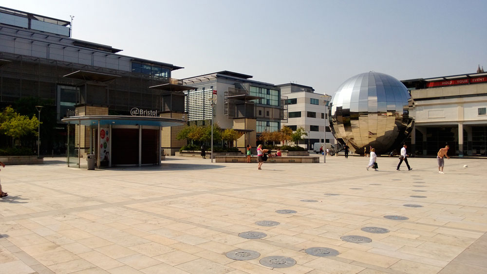 There are countless new apartments to rent near Millennium Square in BS1